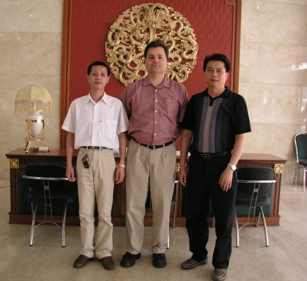 The 'big boss' with the Factory managers in Xiamen, China - posing for photos before the obligatory factory tour and celebratory lunch.